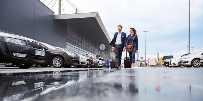 Flughafen Weeze Parkplatz